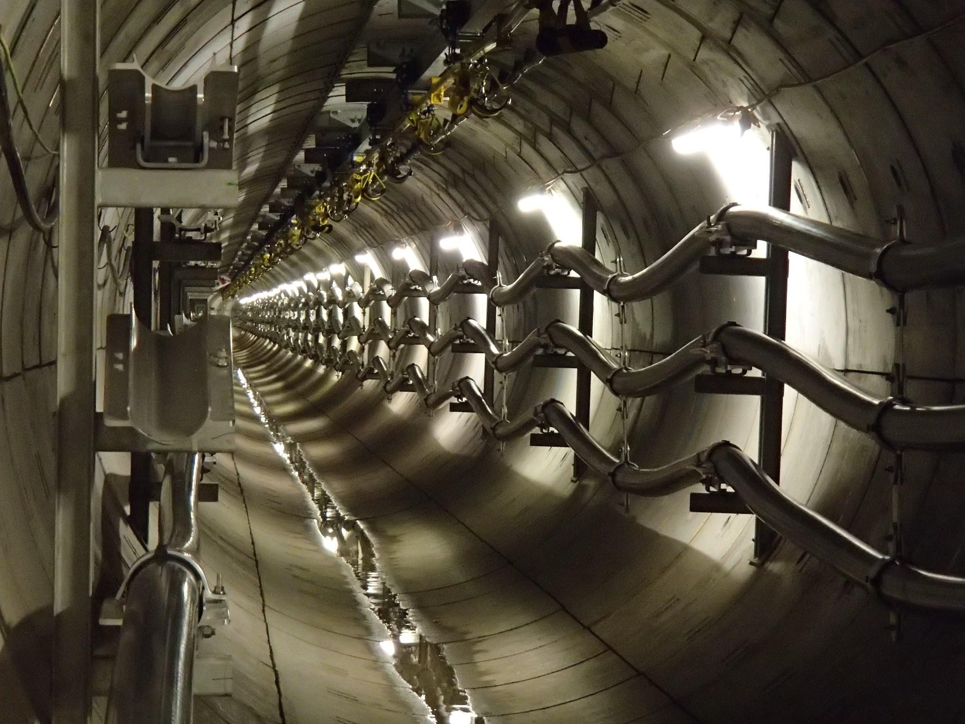 34831_34831_London-Power-Tunnels-installation-SMALL.jpg