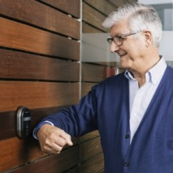 AA_SMARTair_A modern care home starts with a friendly access management