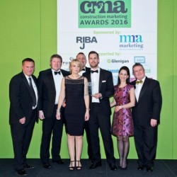 awms-picks-up-the-award-for-best-product-launch-at-the-cmas1