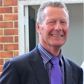 Glass And Glazing Federation Chief Executive
