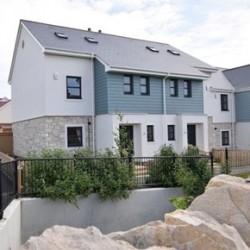 Cembrit fibre cement slates at Weymouth housing development