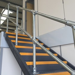 Kee Klamp slope fittings on handrails