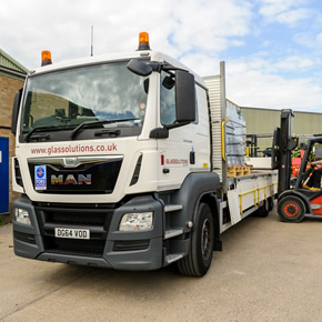 Vehicle fleet introduced by GLASSOLUTIONS