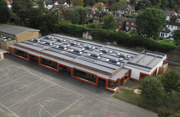 Prefabricated single ply roofing for Bromley's Parish CofE Primary School