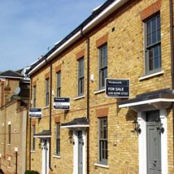 imperial-bricks-moonlight-drive-london-yellow-stock