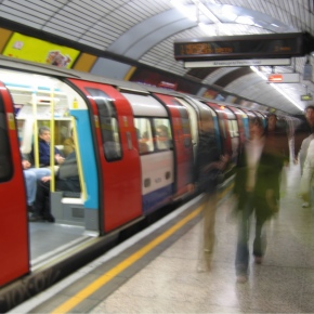 The Canary Wharf Elizabeth Line Station will benefit from ASSA ABLOY security doors