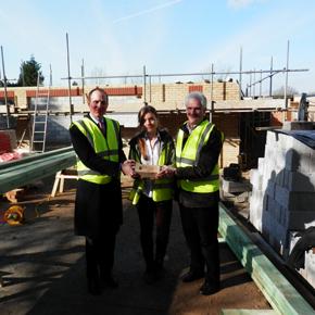 Wienerberger donate bricks to primary school