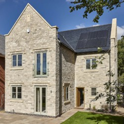 pr751-rehau-has-supplied-low-energy-heating-and-cooling-solutions-for-a-development-of-sustainable-homes-in-lighthorne-warwickshire
