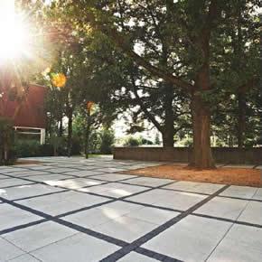 Vianova Maxx concrete pavers