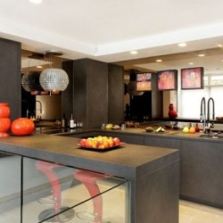 colour-to-contemporary-kitchen (1)