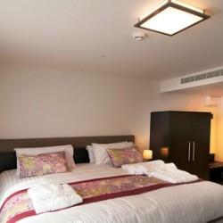 gilberts-mannin-bedroom