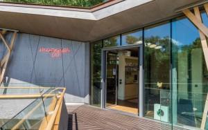 1-GEZE UK Maggies Centre External