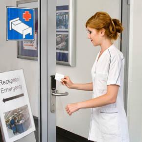 aperio_escutcheon_premium_white-card_nurse