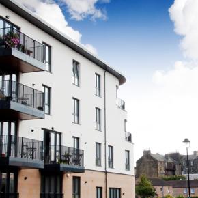 Walker Profiles installed REHAU TOTAL70 floor to ceiling windows and French doors at the Harbour Green development in Portobello Edinburgh