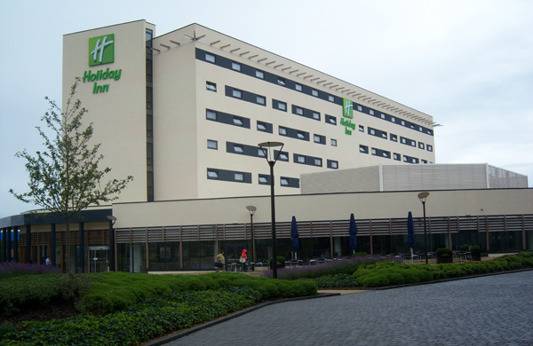 Precast concrete structures - Holiday Inn