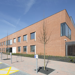 Aluminium systems for new medical centre