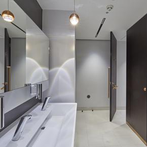 55 St James Street washroom