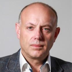 Andrew Scott