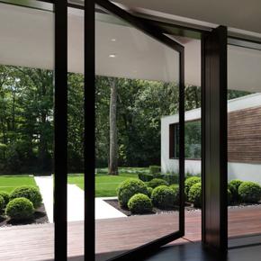 pivoted-patio-door