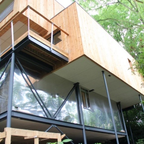 UK's First Passive Treehouse constructed using DuPont Tyvek