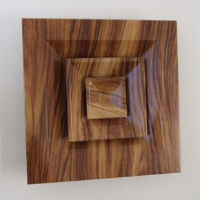 Gilberts' wood hydro-plate