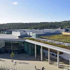 Huddersfield Leisure Centre featuring Protan's prefabricated roofing system